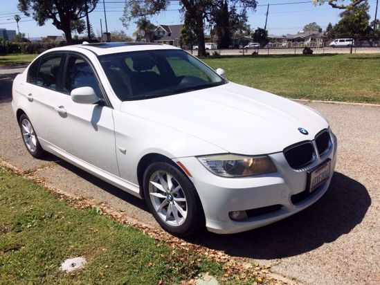 Picture of Used 2010  BMW 328-i SULEV SA Sedan